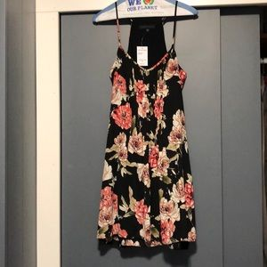 Women's NWT Sanctuary Floral Dress
